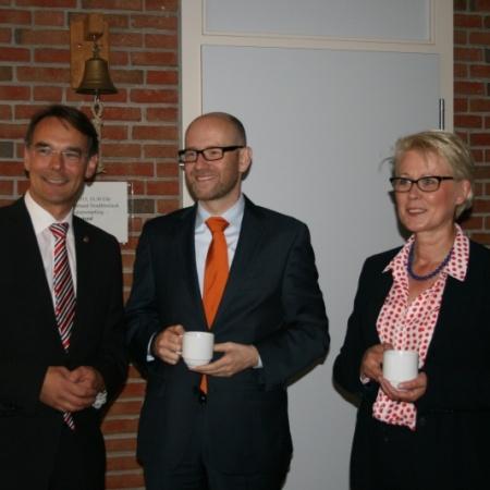 v.l.n.r.: Landesvorsitzender Ingbert Liebing, Generalsekretär Dr. Peter Tauber, Kreisvorsitzende Astrid Damerow