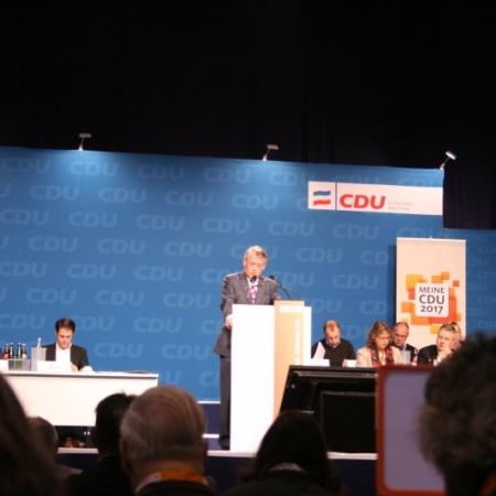 Reimer Böge hält seinen letzten Bericht als Landesvorsitzender